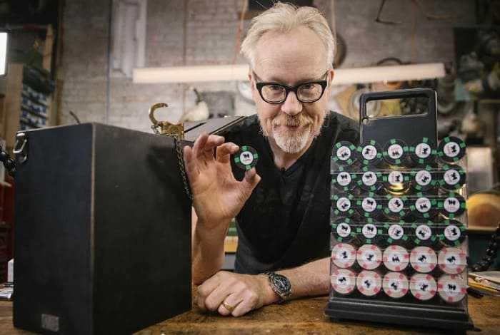 Адам Сэвидж сделал копию покерного набора из фильма «Шулера»