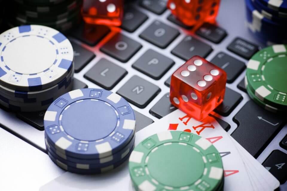 Игра в покер на рубли онлайн видео покера наиболее популярных автоматах степень преимущества казино сравнительно низка